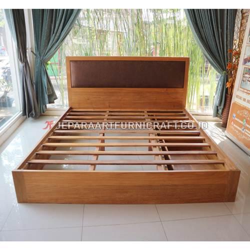 Jual Tempat Tidur Jati Minimalis Sugi Terpercaya