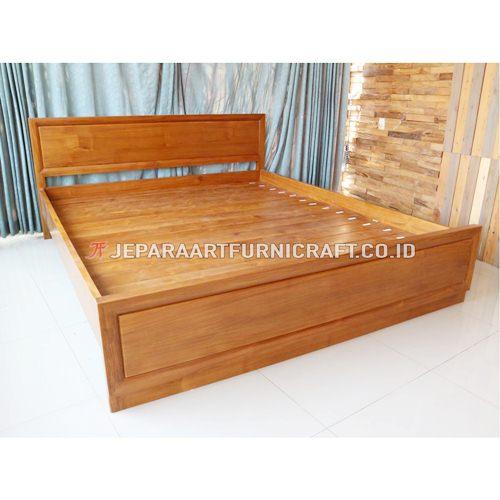 Cari Tempat Tidur Minimalis Kayu Jati Murah